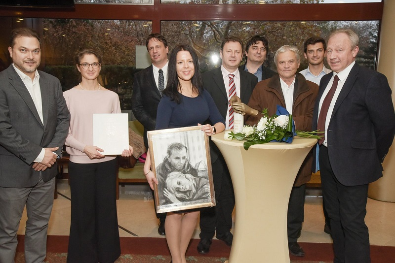 Cselekvés a Kiszolgáltatokkért Alapítvány orvoscsapata a Summum bonum díjjal